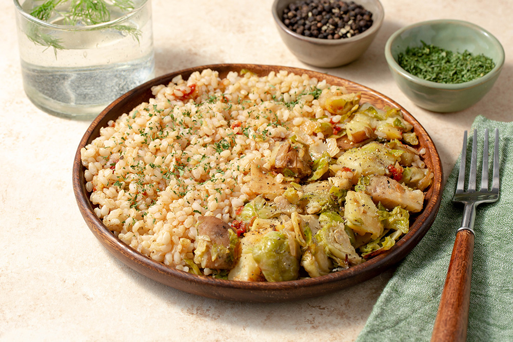 Harissa Brown Rice With Caramelized Onion