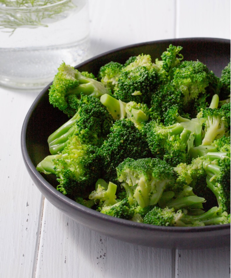 Cooked broccoli in plate