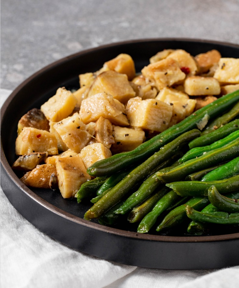 vegan green beans and potatoes meal